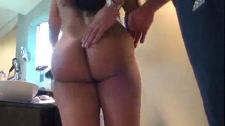 होटल में ले जा कर बहन का नंगा वीडियो बनाया