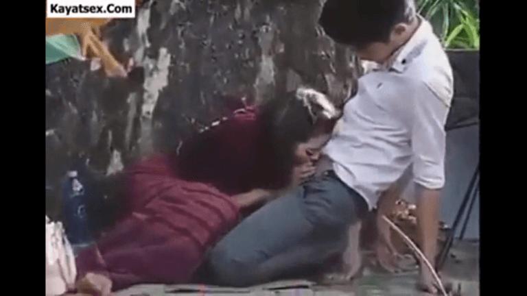 नेपाली लड़की को दिल्ली के गार्डन में चोदा