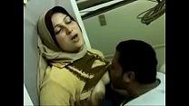 अरब मालिक ने गुलाम नर्स का गांड फाड दिया