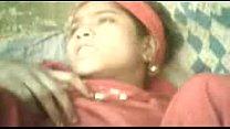 गार्डन में सफाई करने वाली जवान लड़की की खोपचे में चुदाई