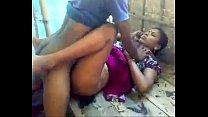 ट्रक के अंदर देसी मजदुर औरत की चूत चुदाई