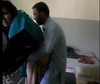 पाकिस्तानी पठान ने अपनी पडोसी की बेगम की चुत चोदी