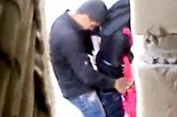 लाहौर की पाकिस्तानी लड़की को खोपचे में ले जाकर चोदा - चुदाई वीडियो