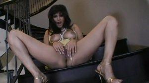 सनी लियोनी ने हिंदी गाने पर नाच इ चूत दिखाई - सेक्स वीडियो