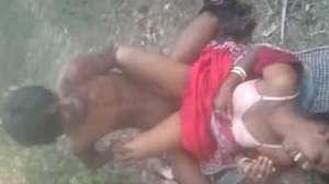 बंगाली रंडी को खेतों में चोदा ग्राहक ने - देसी सेक्स वीडियो