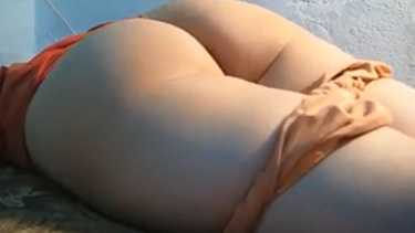लड़की की सेक्सी गोल गांड पकड के चूत चोदी - इंडियन बीएफ वीडियो