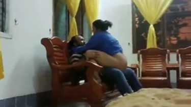 सेक्स मूवी - बड़ी गांड वाली मलयाली भाभी की चुदाई बंगाली लंड से