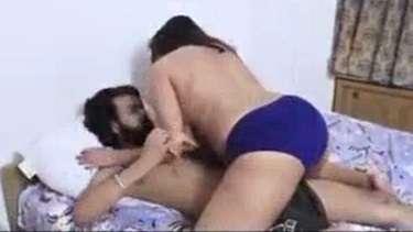 XXL साइज की पैंटी पहनी बड़ी गांड वाली बीवी के साथ रोमांटिक सेक्स!